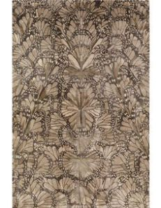 Monarch Smoke tapijt van Alexander McQueen