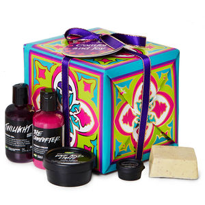 Lush_Comfort_and_Joy_Cadeau_Christmas_2015_Giftbox