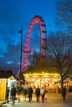 christmas-market-near-london-eye1